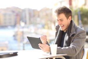 Social Selling, LinkedIn et Facebook pour les commerciaux